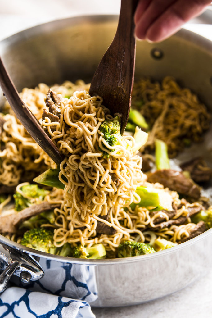30-minute-beef-and-broccoli-ramen-image